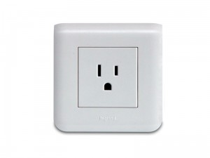 Flush mounted 110V USA socket